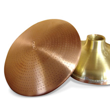 bronze wide hose head offers a large watering circumference